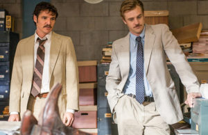 """(L to R) PEDRO PASCAL and BOYD HOLBROOK star in NARCO. NARCOS S01E04 """"The Palace in Flames"""""""